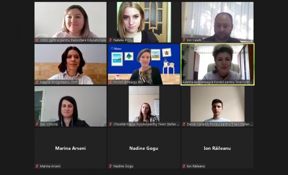 """Lansarea proiectului """"Susținerea educației de alfabetizare mediatică pentru tineri"""", cu suportul financiar al Ambasadei Finlandei la București"""